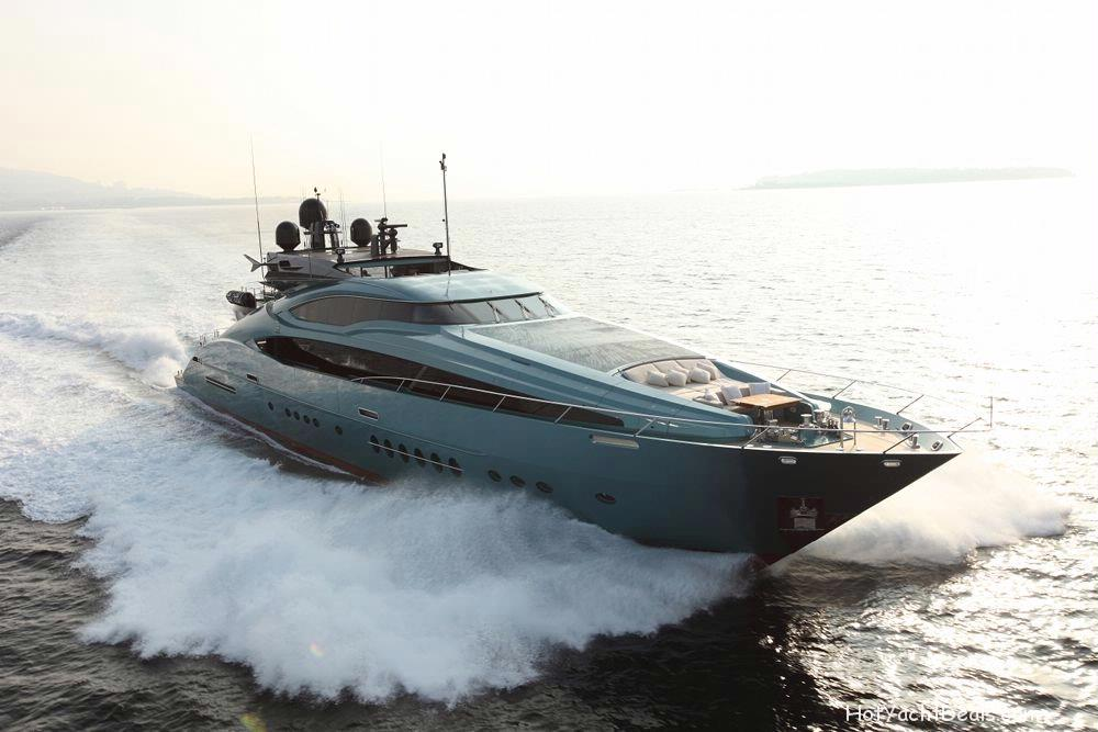 The dramatic 150' model is a further progression of pure Palmer Johnson power and prestige. Her aluminium hull and superstructure ensures speed and agility whilst carefully constructed curves ensure the wheelhouse is a mere extension of her sleek sporting lines. At nearly 46 metres, the 150 continues the trail blazing appeal of her smaller sisters.